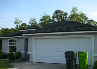 Foreclosed Home en CAESARS AVE, Yulee, FL - 32097