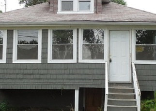 Foreclosed Home en S 10TH AVE, Maywood, IL - 60153
