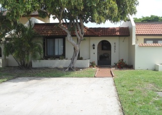 Foreclosed Home en NW 190TH TER, Hialeah, FL - 33015
