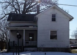 Foreclosed Home in W PLEASANT ST, Davenport, IA - 52804