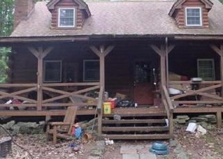 Foreclosed Home en WHITE PINE DR, Pocono Lake, PA - 18347