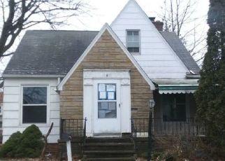 Casa en ejecución hipotecaria in Euclid, OH, 44123,  SEABROOKE AVE ID: P1104134