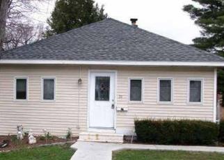 Foreclosed Home en EDENBURG AVE, Albany, NY - 12203