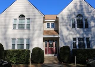 Casa en ejecución hipotecaria in Ellington, CT, 06029,  PINNEY ST ID: P1105837