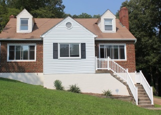 Foreclosed Home en S BARNABY RD, Temple Hills, MD - 20748
