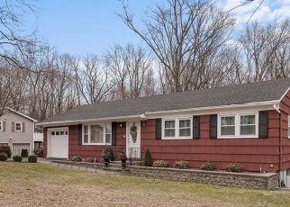 Foreclosed Home en MILLINGTON RD, Cortlandt Manor, NY - 10567