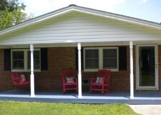 Foreclosed Home en MARSHALL CORNER RD, White Plains, MD - 20695