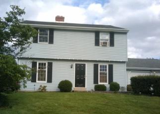 Foreclosed Home en LANDIS DR, Lancaster, PA - 17602