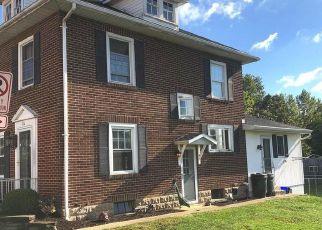 Foreclosed Home en N ANGLE ST, Mount Joy, PA - 17552