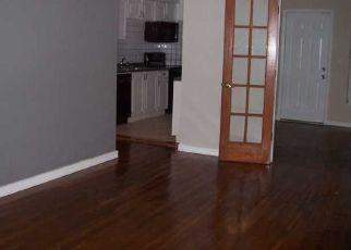 Foreclosed Home en CALAIS DR, Miami Beach, FL - 33141