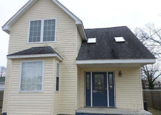 Foreclosed Home in E PARK AVE, Vineland, NJ - 08360