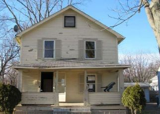 Foreclosed Home en NICHOLS AVE, Lorain, OH - 44053