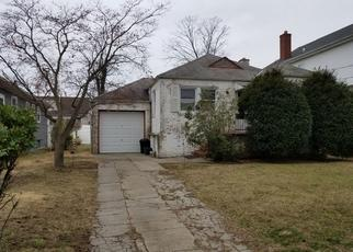 Foreclosed Home in CATALPA AVE, Lynbrook, NY - 11563