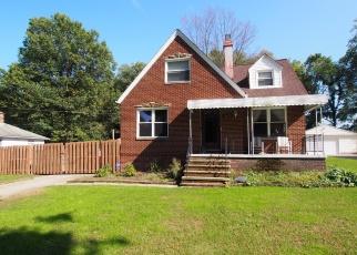 Casa en ejecución hipotecaria in North Olmsted, OH, 44070,  WELLESLEY AVE ID: P1112702