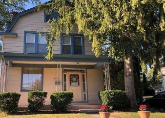 Casa en ejecución hipotecaria in Bethel Park, PA, 15102,  BETHEL CHURCH RD ID: P1112941