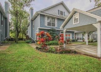 Foreclosed Home en PENZANCE ST, Palm Harbor, FL - 34684
