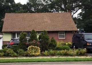 Foreclosed Home en MIRIN AVE, Roosevelt, NY - 11575