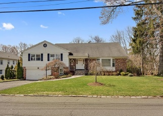 Foreclosed Home en DORCHESTER RD, Scarsdale, NY - 10583