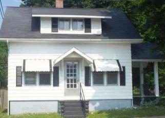 Foreclosed Home en S ELM ST, Hillsboro, OH - 45133