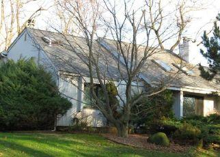 Casa en ejecución hipotecaria in Huntington, NY, 11743,  CARDINAL CT ID: P1115287