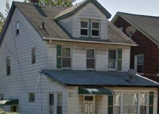 Foreclosed Home en 113TH AVE, Queens Village, NY - 11429