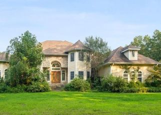 Foreclosed Home en BEAVER POND RD, South Salem, NY - 10590