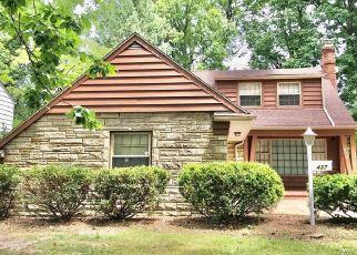 Foreclosed Home en S BELVOIR BLVD, Cleveland, OH - 44121