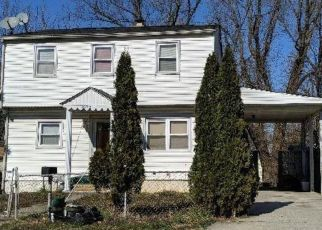 Foreclosed Home en MIDDLE RD, Silver Spring, MD - 20906