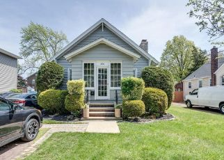 Foreclosed Home in W CUTHBERT BLVD, Collingswood, NJ - 08108