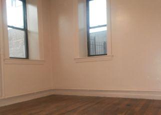 Foreclosed Home en E 228TH ST, Bronx, NY - 10466