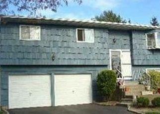 Casa en ejecución hipotecaria in Port Jefferson Station, NY, 11776,  ERIE ST ID: P1117780