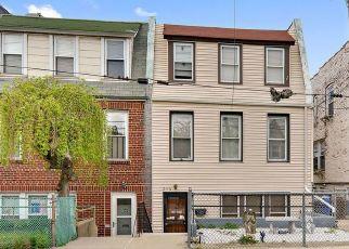 Casa en ejecución hipotecaria in Bronx, NY, 10465,  QUINCY AVE ID: P1117790