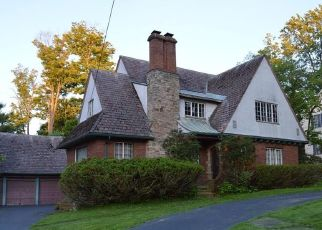 Foreclosed Home en WESTMINSTER DR, Jamestown, NY - 14701
