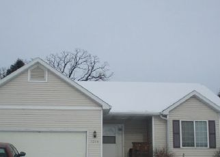 Foreclosed Home in SOUTHRIDGE DR, Madison, WI - 53704