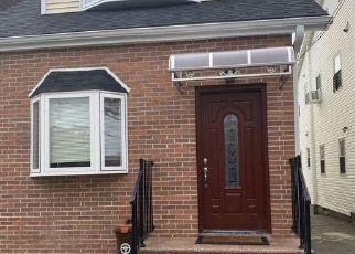 Casa en ejecución hipotecaria in Flushing, NY, 11355,  BARCLAY AVE ID: P1118825