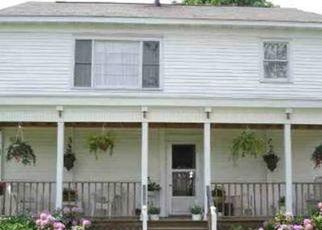 Foreclosed Home en FURNACE RD, Moriah, NY - 12960