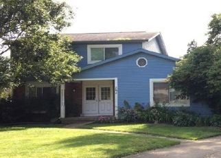 Foreclosed Home en PLYMOUTH PL, Newark, OH - 43055