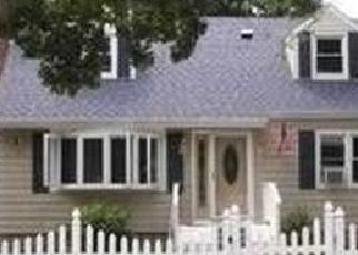 Foreclosed Home in W 13TH ST, Huntington Station, NY - 11746