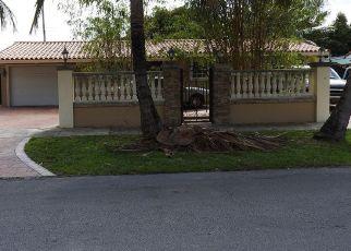 Foreclosed Home en W 14TH CT, Hialeah, FL - 33014