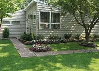 Foreclosed Home in W 22ND ST, Huntington Station, NY - 11746