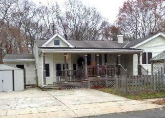Casa en ejecución hipotecaria in Selden, NY, 11784,  STUYVESANT DR ID: P1123011