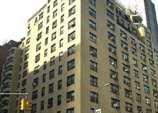 Foreclosed Home en E 54TH ST, New York, NY - 10022