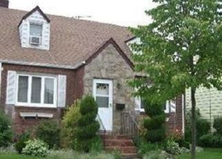 Foreclosed Home in DOROTHY PL, Lynbrook, NY - 11563