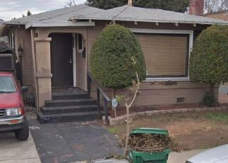 Foreclosed Home en 84TH AVE, Oakland, CA - 94605