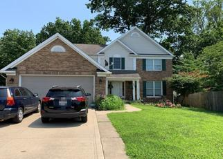 Foreclosed Home en PEPPER RIDGE DR, Cleveland, OH - 44144