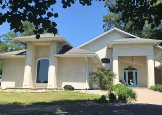 Foreclosed Home in BONIFIELD LN, Metropolis, IL - 62960