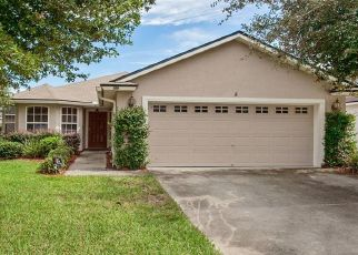 Foreclosed Home en TUXFORD LN, Jacksonville, FL - 32244