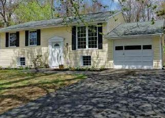 Foreclosed Home en COMELY LN, Latham, NY - 12110