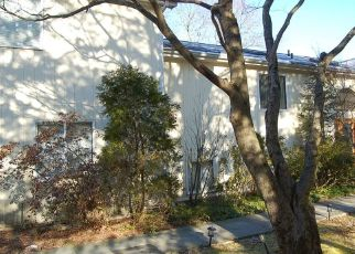 Foreclosed Home in PALMER LN, Pleasantville, NY - 10570