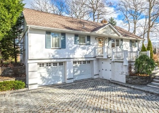 Casa en ejecución hipotecaria in Centerport, NY, 11721,  RIDGEFIELD RD ID: P1134931